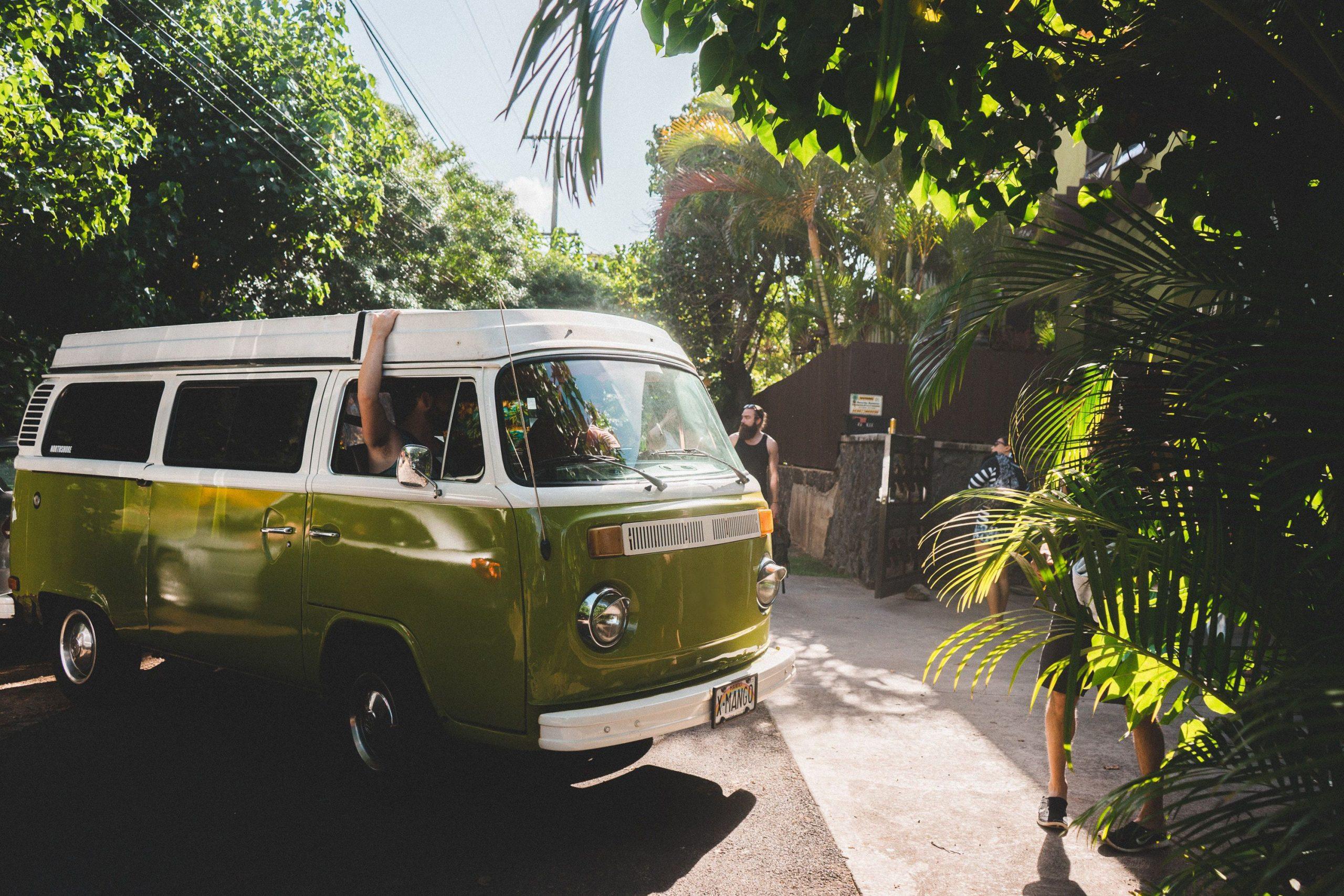 Ilustrasi mobil van. (ANTARA/LINGKAR.CO)