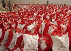 Diperiksa Polisi, 50 Ribu Paket Bansos Corona Terbengkalai di Gudang Pulogadung