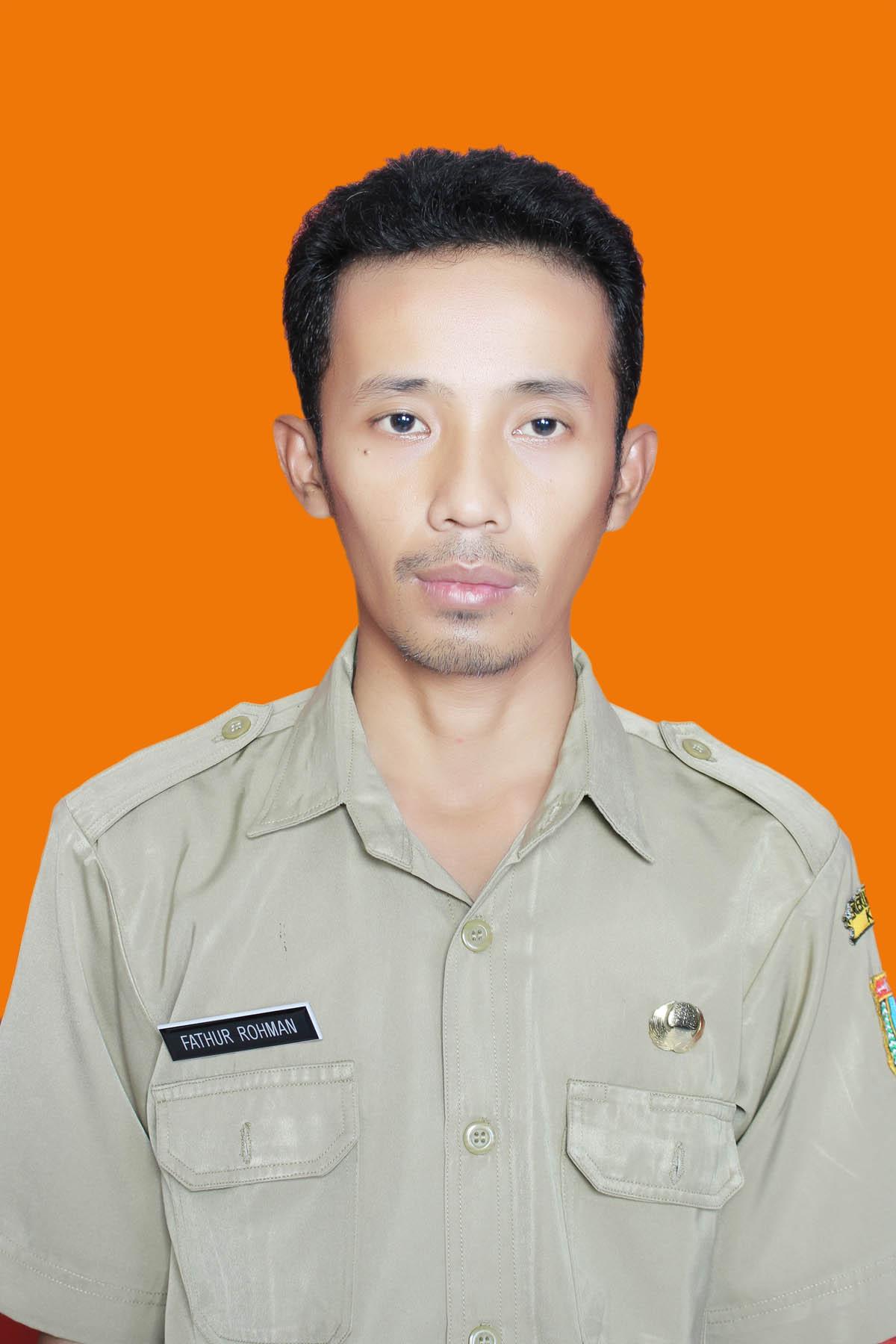 Fathur Rohman, S.Pd.I, M.Pd., Guru PAI SD 2 Gondosari Kecamatan Gebog Kabupaten Kudus (DOK PRIBADI FOR LINGKAR.CO)