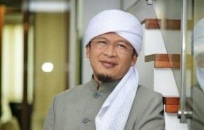 Pengasuh Pondok Pesantren Daarut Tauhid, Abdullah Gymnastiar atau Aa Gym. (ANTARA/LINGKAR.CO)