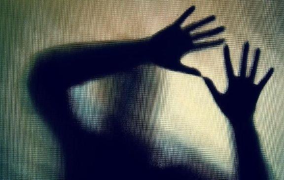 Ilustrasi pelaku pencabulan terhadap anak. Foto: (ANTARA/LINGKAR.CO)