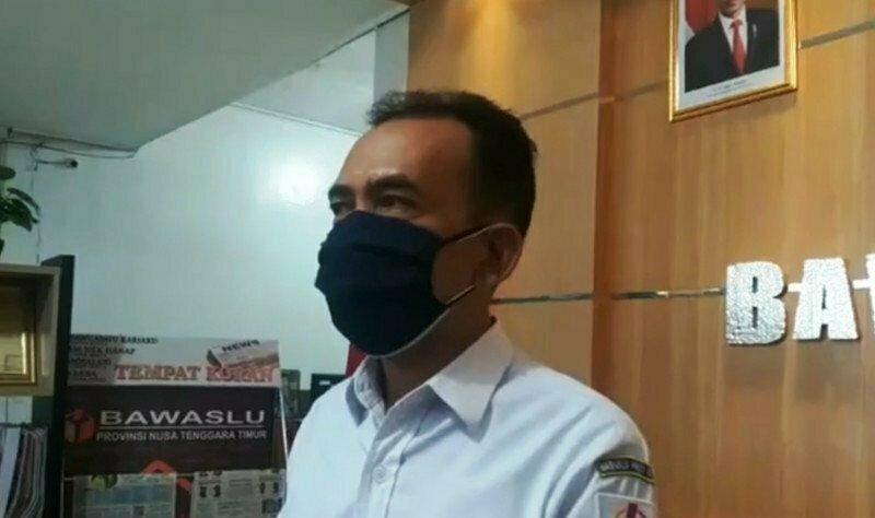Ketua Bawaslu Provinsi NTT Thomas Djawa. (ANTARA/ KORAN LINGKAR JATENG)
