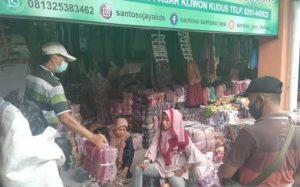 Keberatan, Pedagang Pasar Kliwon Kudus Minta Kebijakan Jateng di Rumah Saja Ditinjau Ulang