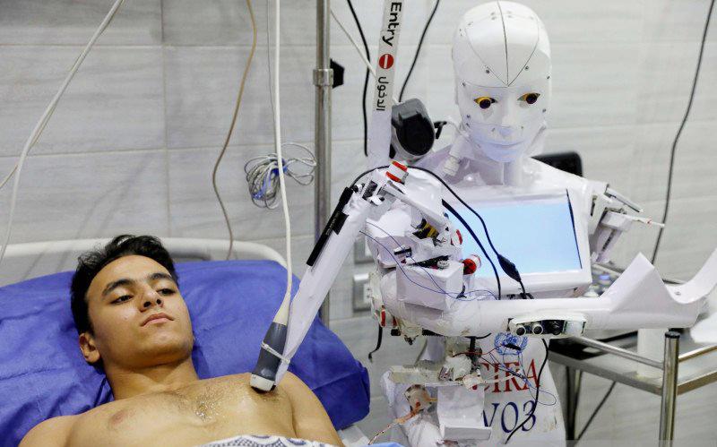 pelajar-nigeria-ciptakan-robot-perawat-pasien-covid-19