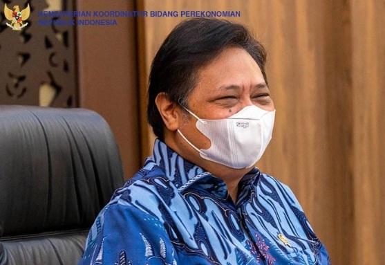 Menteri Koordinator (Menko) Bidang Perekonomian Airlangga Hartarto sekaligus Ketua Komite Penanganan COVID-19 dan Pemulihan Ekonomi Nasional (KPC PEN).(ANTARA/LINGKAR JATENG)