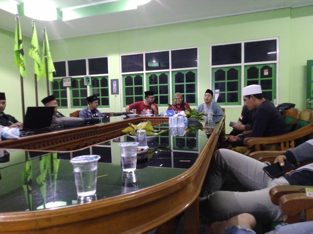 Persiapan penyelenggaraan Muswil GPK Jateng di Kabupaten Rembang.(MUHAMMAD AKID/LINGKAR.CO)