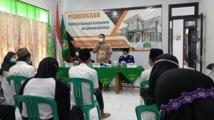Disnaker Pati Dorong Semangat Kerja di Pembukaan Pelatihan BLK Komunitas Pesantren