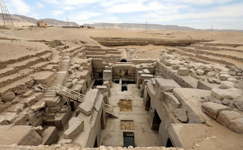DITEMUKAN: Arkeolog temukan 'kota firaun Mesir kuno' di dekat Luxor, Mesir. (ANTARA/LINGKAR.CO)