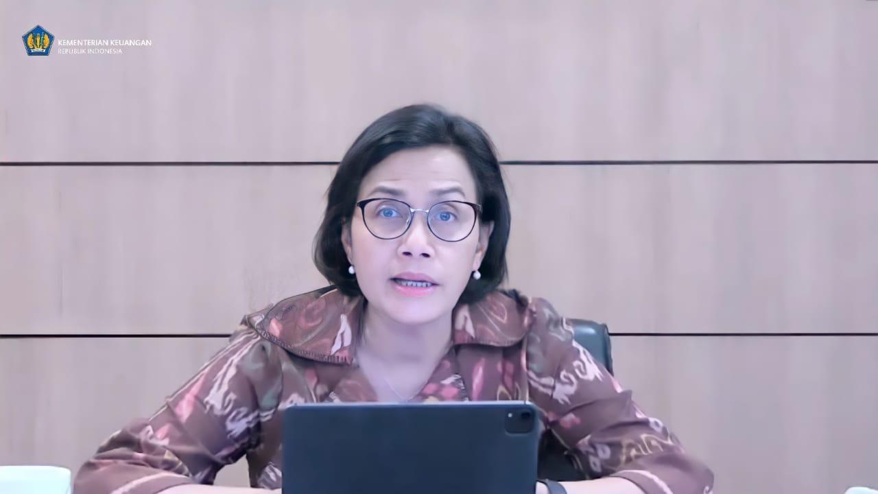 Menkeu, Sri Mulyani Indrawati, dalam Konferensi Pers membahas Aspek APBN Terhadap Implementasi PPKM Darurat secara daring, Jumat (2/7/2021). Ist/Lingkar.co