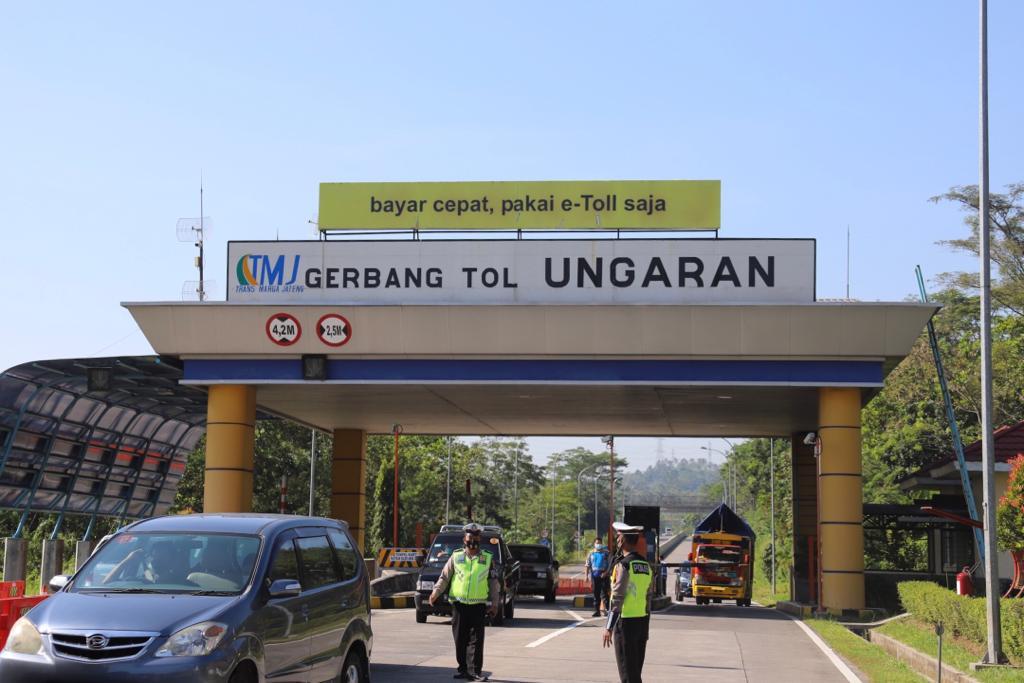 Selain menutup 27 Exit Tol, Polda akan mengetatkan pengawasan di 224 titik pengecekan yang ada di seluruh wilayah Jawa Tengah selama PPKM Darurat. DINDA RAHMASARI TUNGGAL SUKMA/LINGKAR.CO