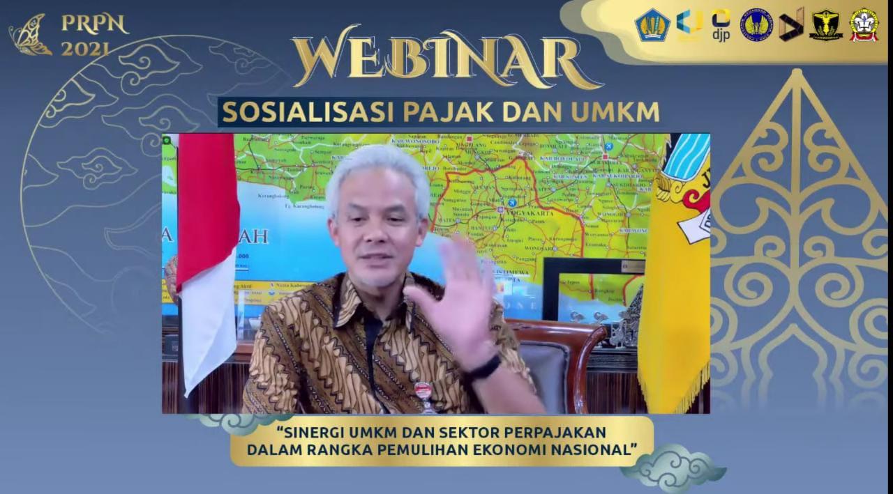 """Gubernur Jawa Tengah, Ganjar Pranowo, saat menjadi narasumber di """"Sinergi UMKM dan Sektor Perpajakan Dalam Rangka Pemulihan Ekonomi Nasional. Ganjar membahas tentang UMKM dan sektor-sektor lain yang terdampak PPKM. REZANDA AKBAR D/LINGKAR.CO"""