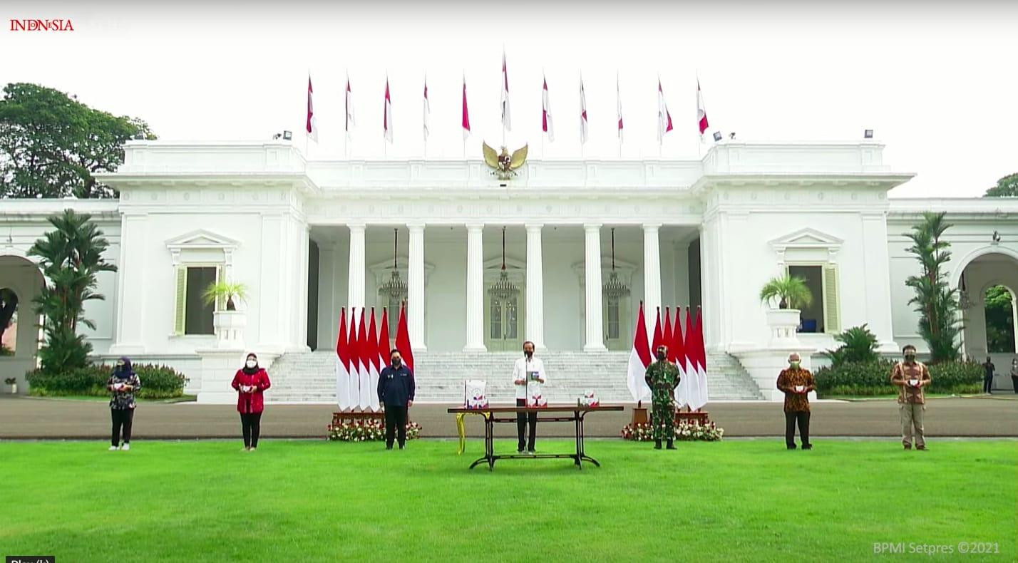 Presiden Joko Widodo (Jokowi) resmi meluncurkan obat isoman gratis untuk masyarakat. ISTIMEWA/LINGKAR.CO