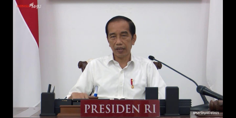 Presiden RI Joko Widodo (Jokowi) saat rapat evaluasi PPKM Darurat secara daring. FOTO; Tangkapan layar Youtube Setpres/Lingkar.co