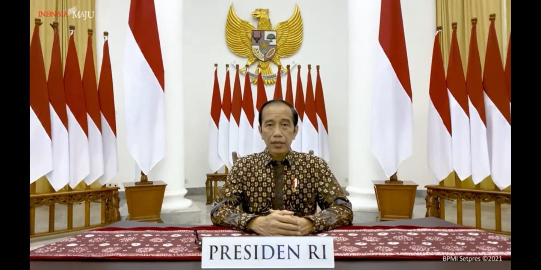 Presiden RI Joko Widodo (Jokowi), saat mengumumkan perpanjangan PPKM darurat melalui kanal Youtube Setpres, Selasa (20/7/2021) malam. FOTO: Tangkapan layar Youtube Setpres/Lingkar.co