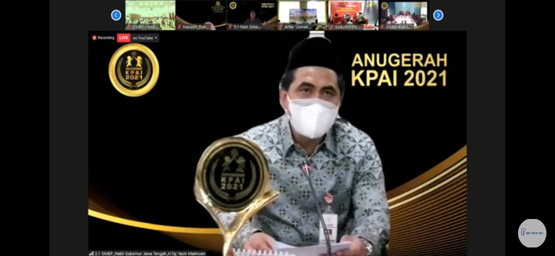 Wakil Gubernur Jawa Tengah, Taj Yasin Maimoen, saat mengikuti Anugerah KPAI 2021 secara virtual, Kamis (22/7/2021). FOTO: Tangkapan layar Youtube KPAI/Lingkar.co
