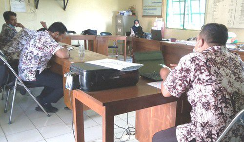 ILUSTRASI: Suasana kantor Kepala Desa Tlogoayu, Kecamatan Gabus. (IBNU MUNTAHA/LINGKAR.CO)