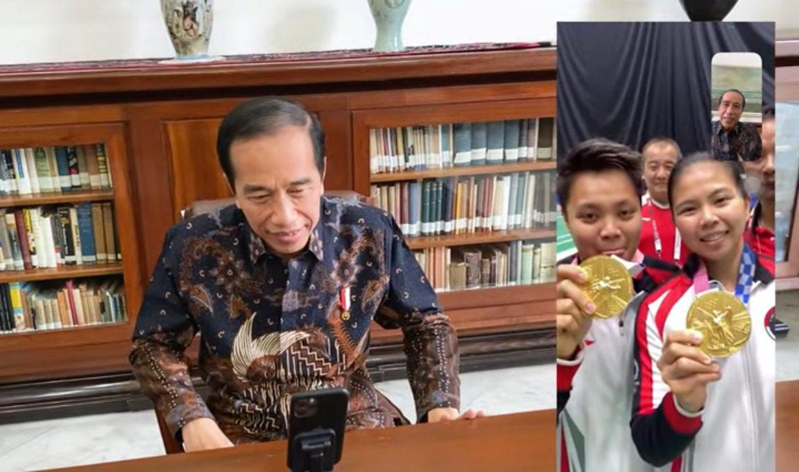 VIRTUAL: Presiden RI Joko Widodo (Jokowi), saat melakukan video call Greysia Polii/Apriyani Rahayu, Senin (2/8/2021). (ISTIMEWA/LINGKAR.CO)