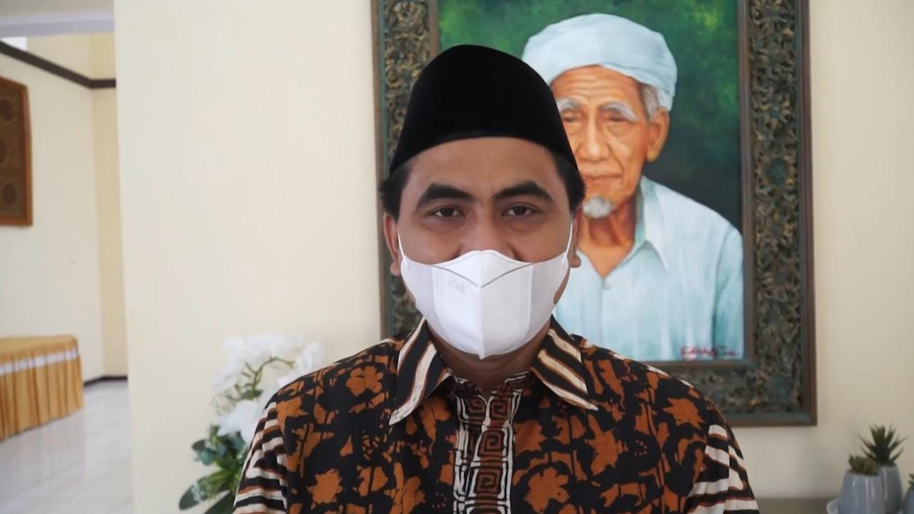 Wagub Jateng, Taj Yasin Maimoen, saat menjelaskan tentang geospasial, di Rumah Dinas Rinjani, Rabu (25/8/2021). FOTO: Rezanda Akbar D/Lingkar.co