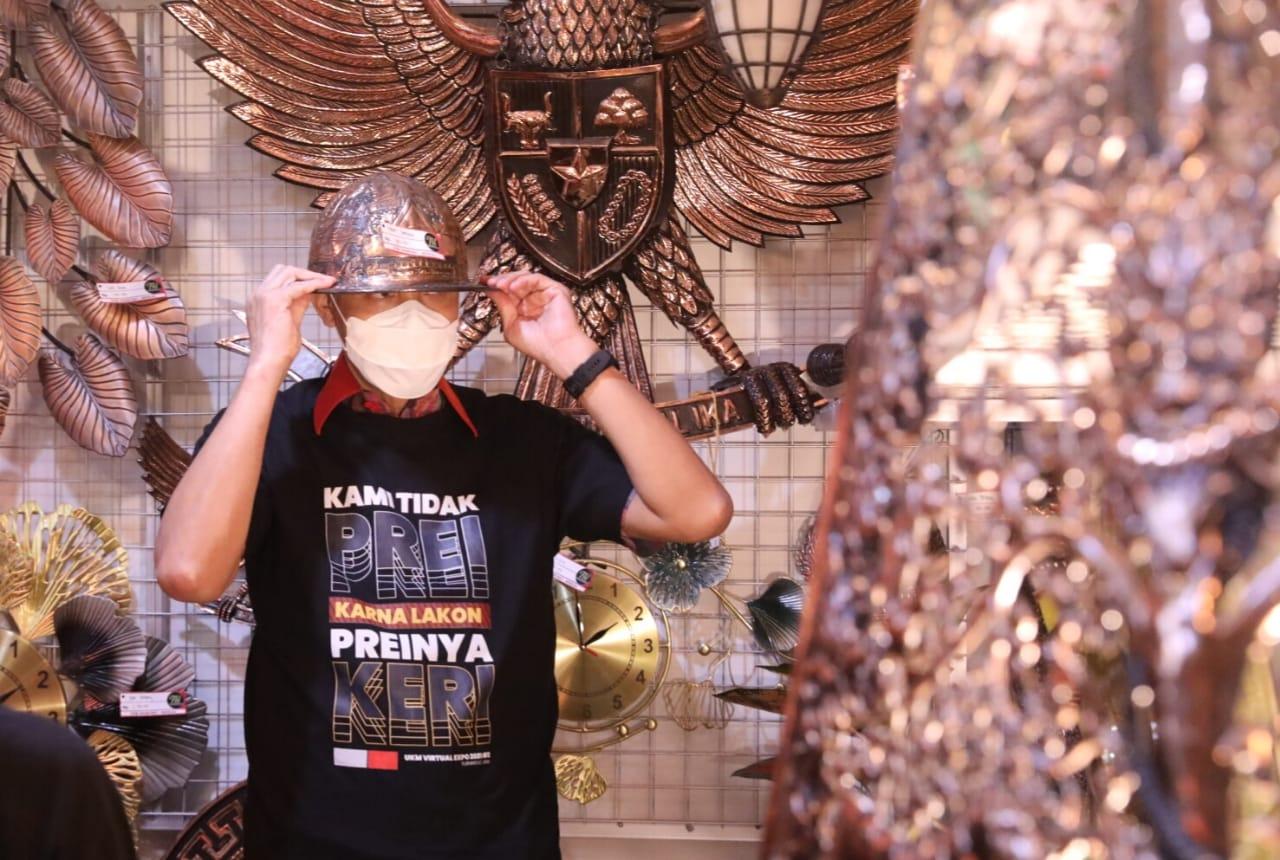 Ganjar saat di Bank Jateng Cabang Surakarta Pembukaan UMKM Virtual Expo. Humas/Lingkar.co