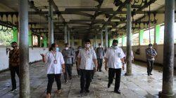 Wagub Jateng saat meninjau RPH sebelum ibdul adha lalu. Foto: timh2/Lingkar.co