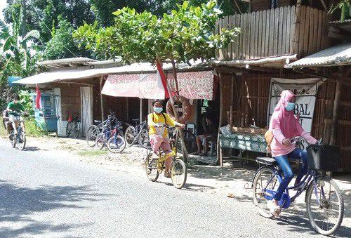 ILUSTRASI: Anak-anak Kabupaten Pati sedang beraktivitas. (IBNU MUNTAHA/LINGKAR.CO)
