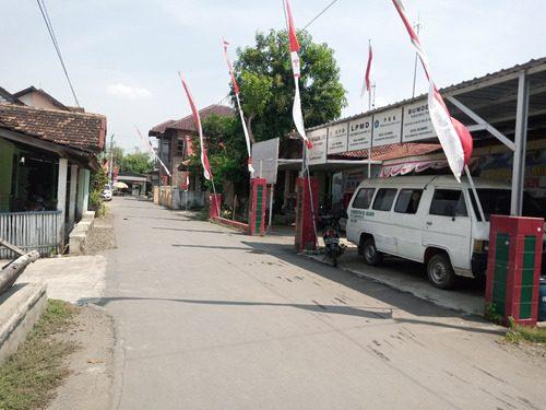ILUSTRASI: Kantor Kepala Desa Ngawen, Kecamatan Margorejo. (IBNU MUNTAHA/LINGKAR.CO)