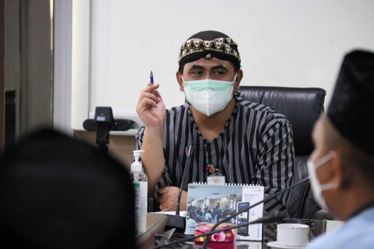Wakil Gubernur Jawa Tengah Taj Yasin Maimoen. Saat menghadiri rapat koordinasi ekotren di ruang wakil gubernur, Sabtu (3/9/2021). HUMAS PEMPROV JATENG/LINGKAR.CO