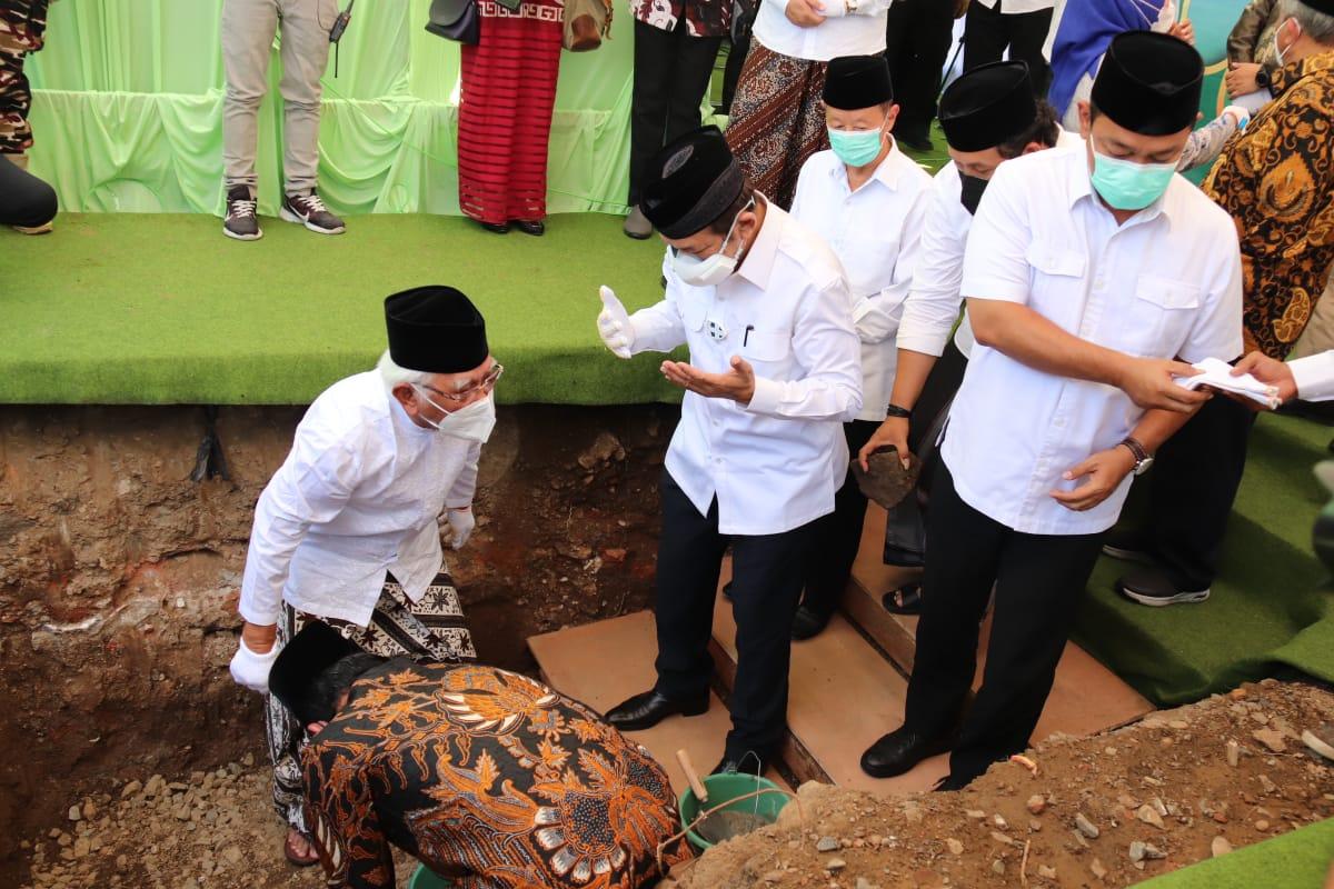 Acara Ground Breaking di MAJT, untuk pembangunan RSI MAJT MAS Semarang, (8/9/2021). FOTO: Tim h2 Wagub/Lingkar.co