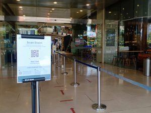 Masuk Mall Paragon Wajib Pakai PeduliLindungi