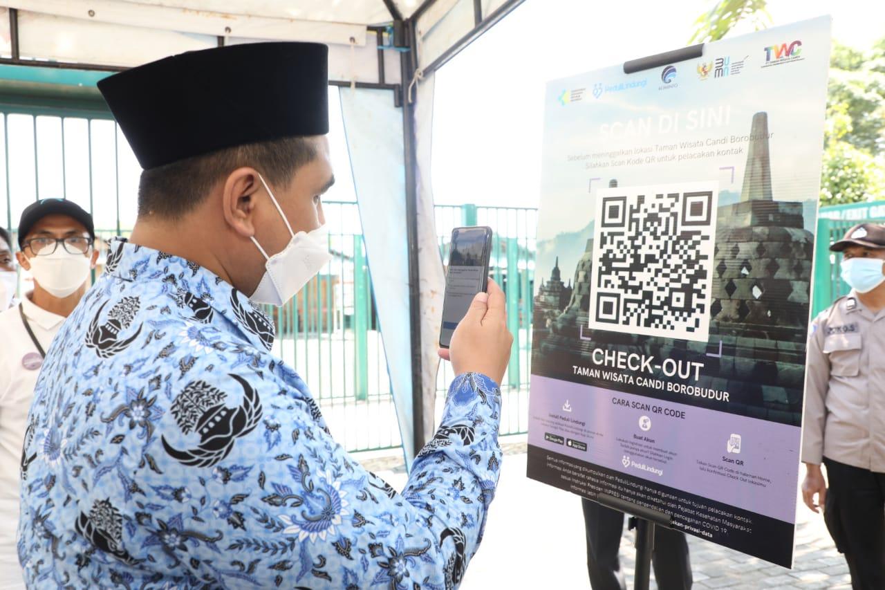 Wagub Jateng saat simulasi pembukan wisata Borobudur. Lingkar.co