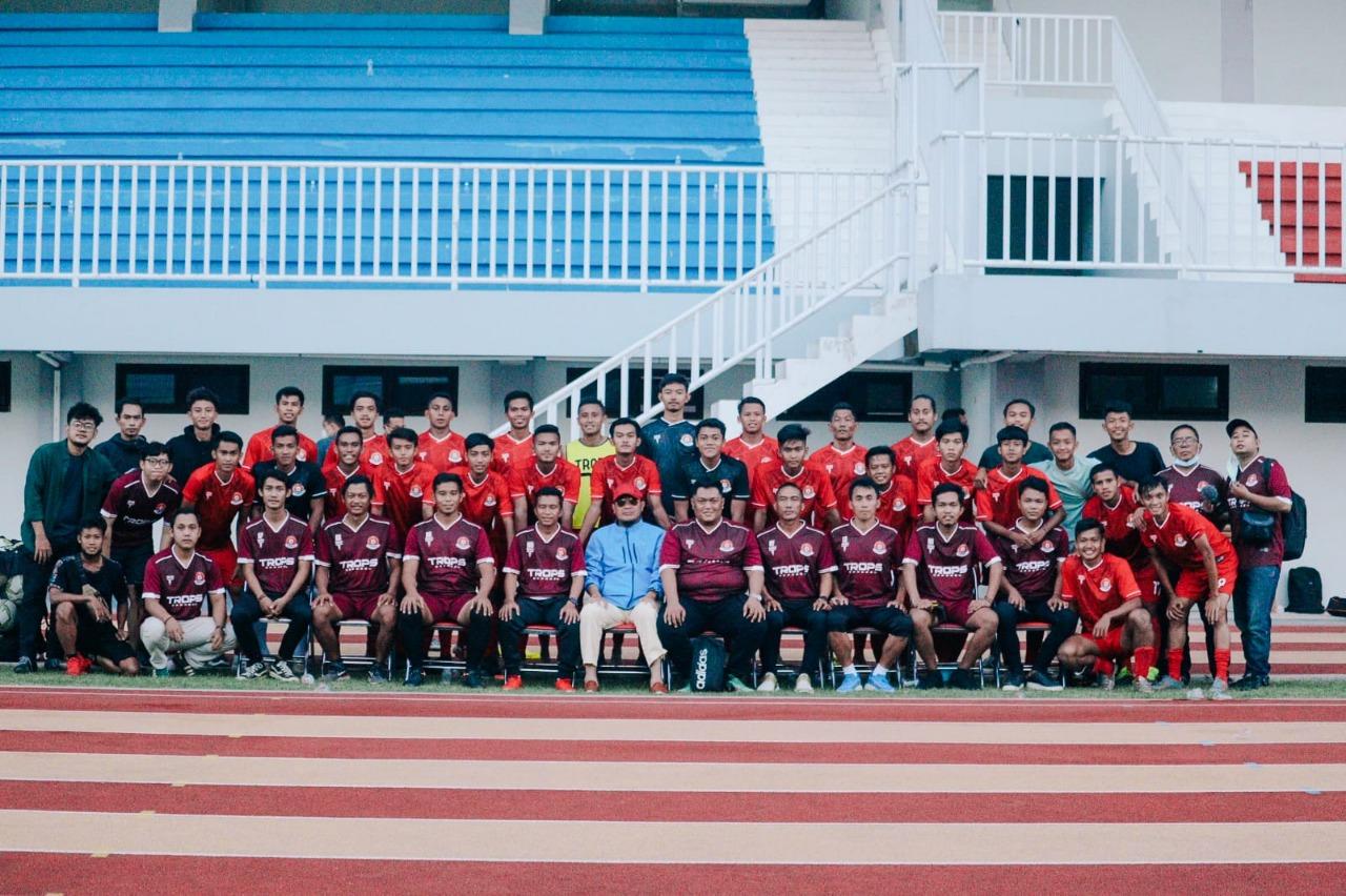 Foto bersama Skuat Persipa Pati. HUMAS/LINGKAR.CO