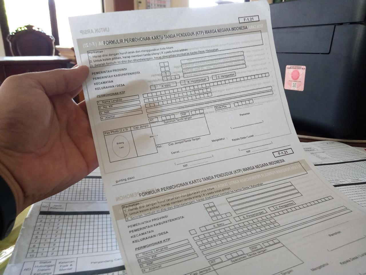 ILUSTRASI : Formulir biodata penduduk Kabupaten Pati. Lingkar.co
