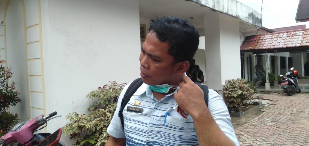 Kepala inspektorat Kota Pematang Siantar, Junaidi Sitanggang. FOTO: Matius Gea/Lingkar.co