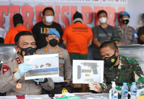 Kapolda Sumatera Utara, saat jumpa pers terkait pengungkapan kasus penembakan wartawan, beberapa waktu lalu. FOTO: Matius Gea/Lingkar.co