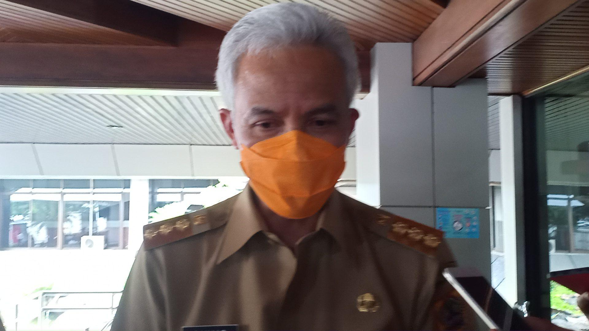 Gubernur Jateng Usai Rapat Penanganan Covid-19, Rezanda Akbar D/Lingkar.co