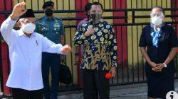 Wakil Presiden Ma'ruf Amin berdialog dengan siswa dan pengajar di SD Negeri Inpres VIM 1 Kotaraja, Abepura, Kota Jayapura, Papua, Jumat (16/10/2021). ANTARA/Lingkar.co