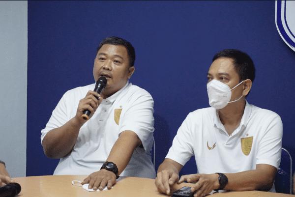 Manajemen PSIS Semarang saat konferensi pers, Tito Isna Utama/Lingkar.co