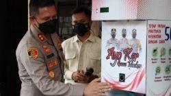 Kapolresta Malang Kota, AKBP Budi Hermanto, saat melucurkan dispenser masker dan hand sanitizer, Kamis (14/10/2021). FOTO: Humas Polresta/Lingkar.co